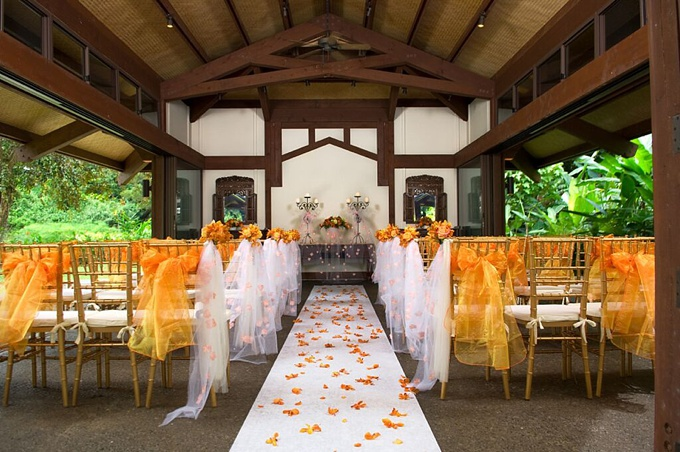 Top 10 hawaii wedding locations best hawaii reception venues for Maui wedding locations