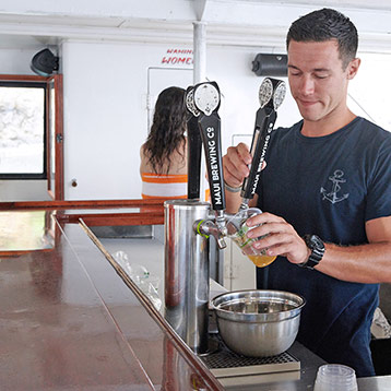 Best Maui Bar Cruise Drinks